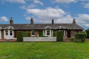Lingerwood Cottages Newtongrange
