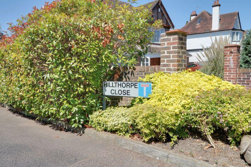 Hillthorpe Close
