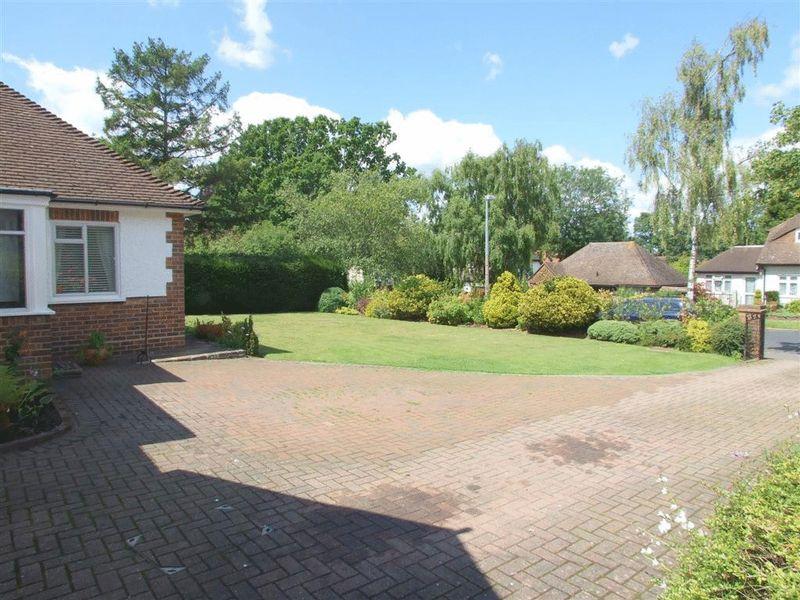 Lordsbury Field