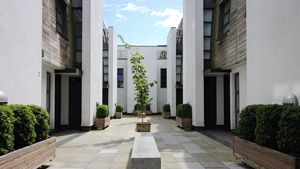 Bouton Place, Islington