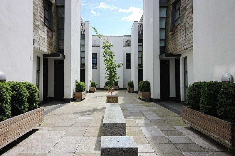 Bouton Place Islington
