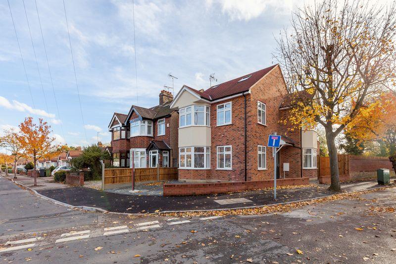 Heathcote Grove Chingford