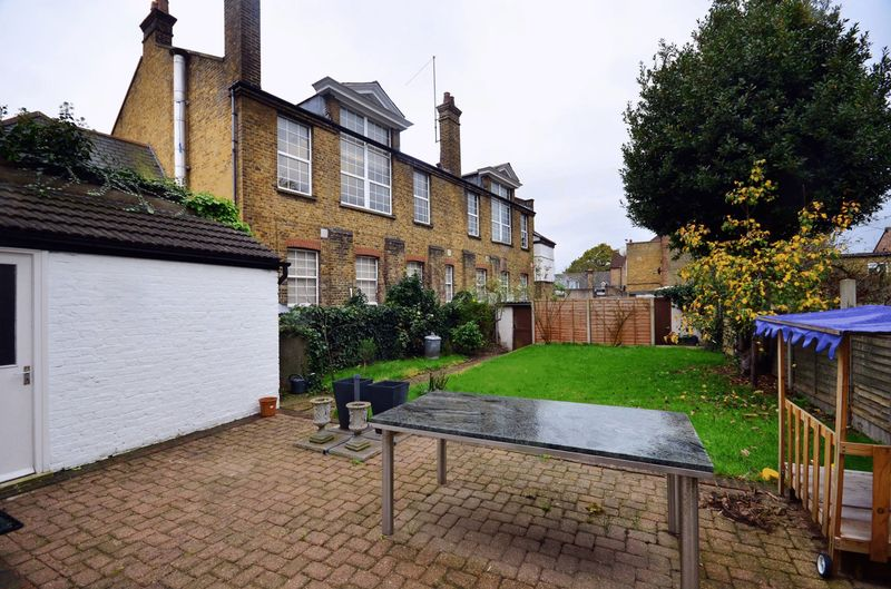 Fernwood Avenue Streatham