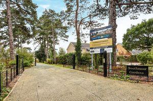 Southmoor Gardens, Faringdon Road Southmoor