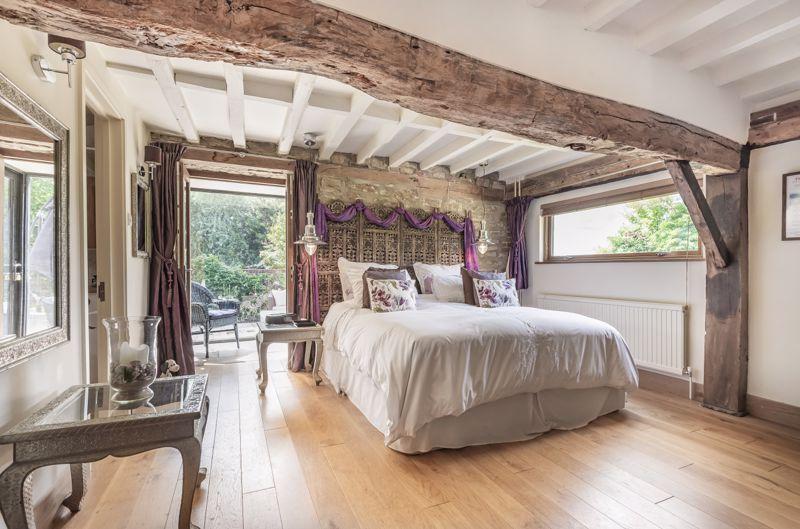 6 Beaulieu Court Sunningwell