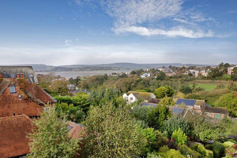 Foxholes Hill