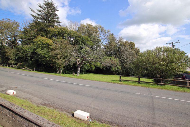 Llangynin Road