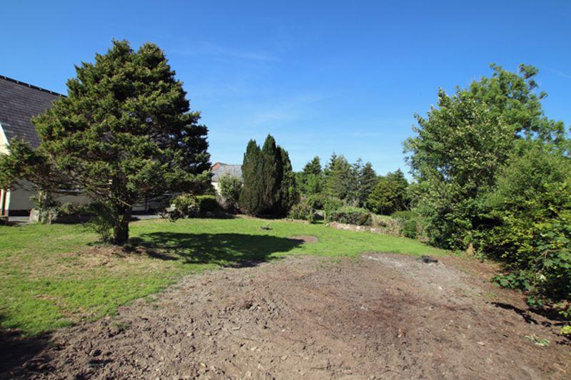 Building Plot adjoining Llwynglas Bronwydd Arms