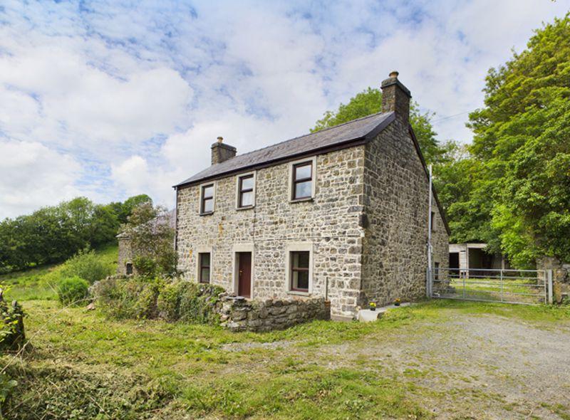 Fron Hill Llanddewi Velfrey