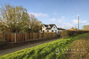 Greyhound Lane Banham
