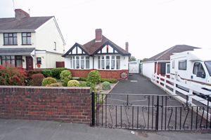 High Street Wollaston