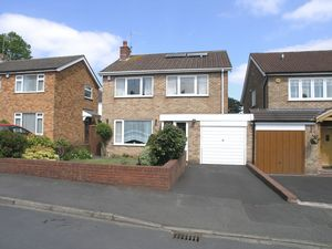 Tyrol Close Wollaston