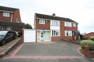 Oakfield Close Amblecote