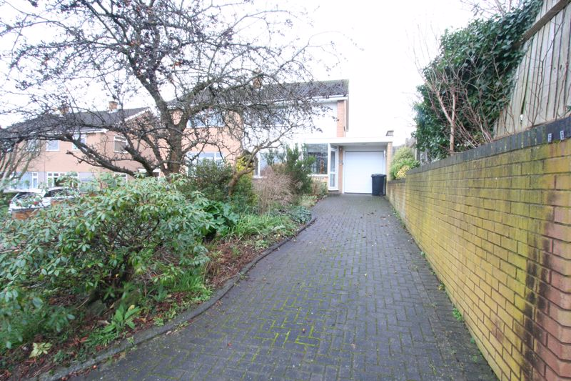 Rugby Road Wollaston