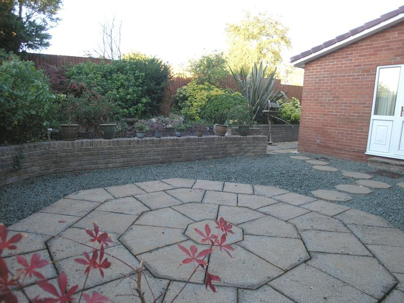 48 Church View Gardens Kinver