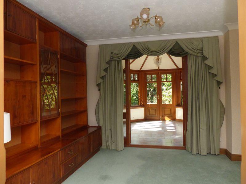 Westfield Manor