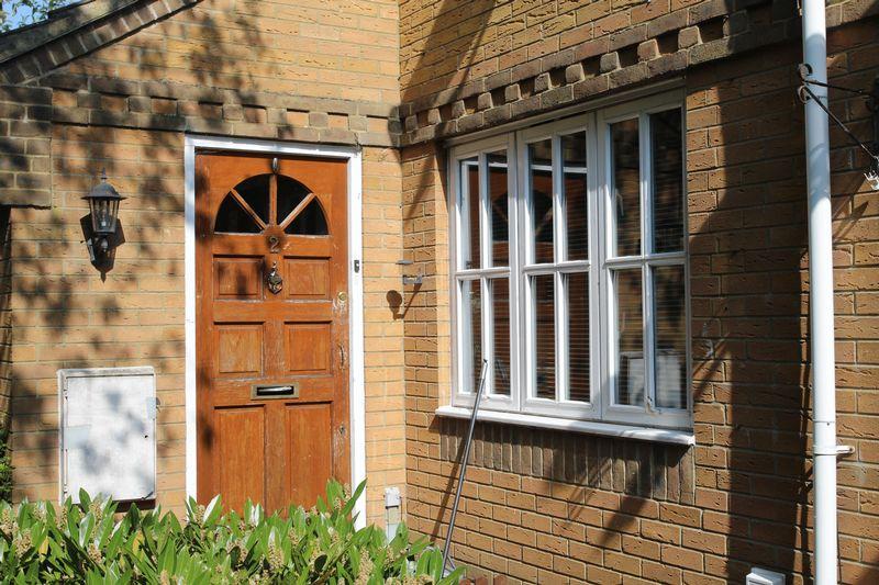 Chamberlain Close Church Langley