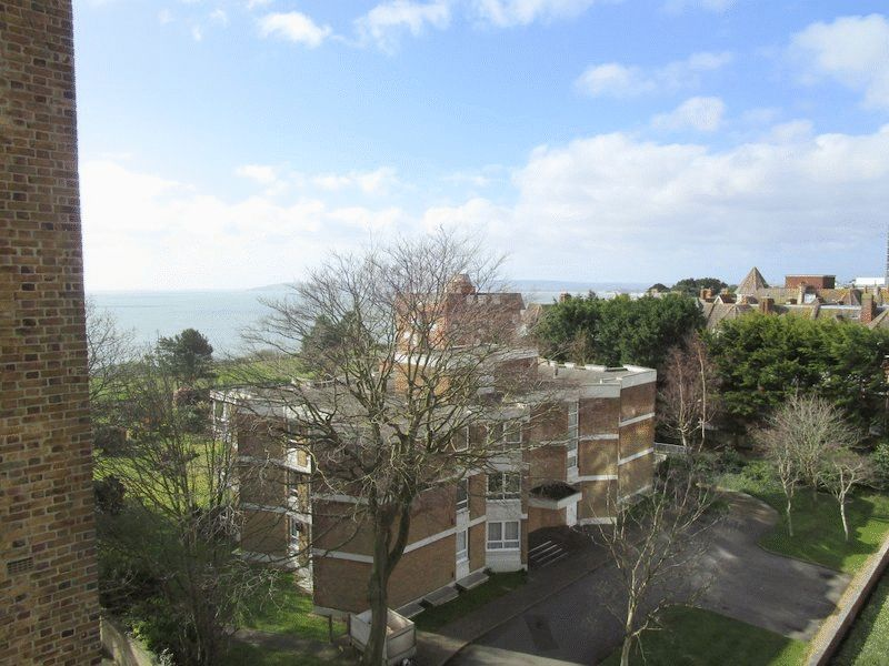 14 West Cliff Road
