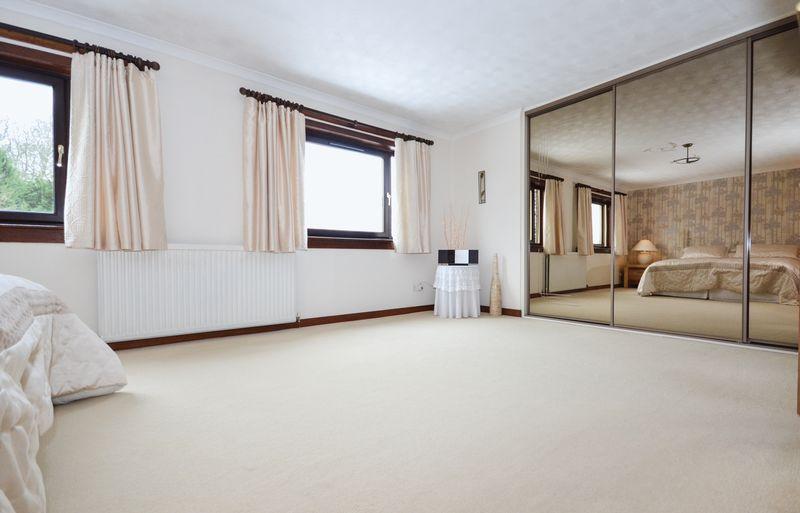 Master Bedroom Aspect 2
