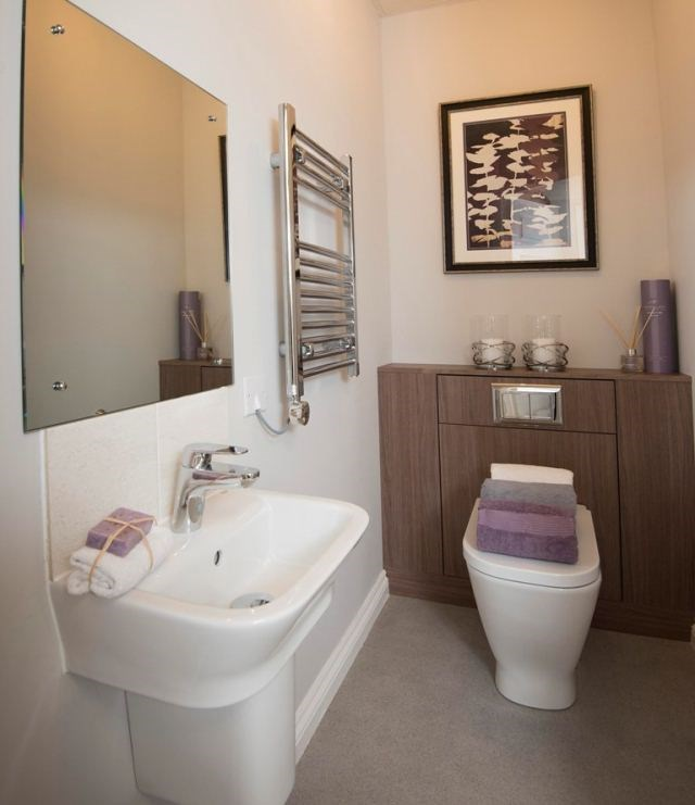 Bathroom l000694-(11).jpg