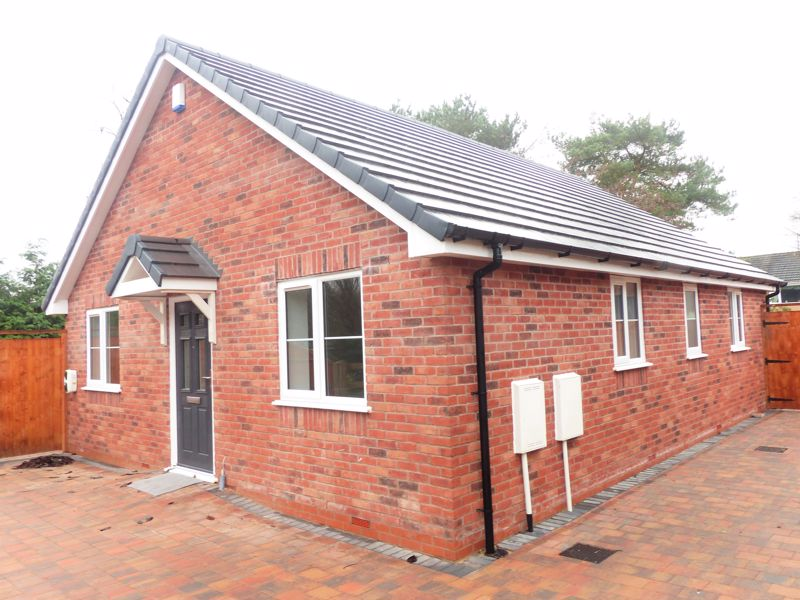 Lawnoaks Close Brownhills West