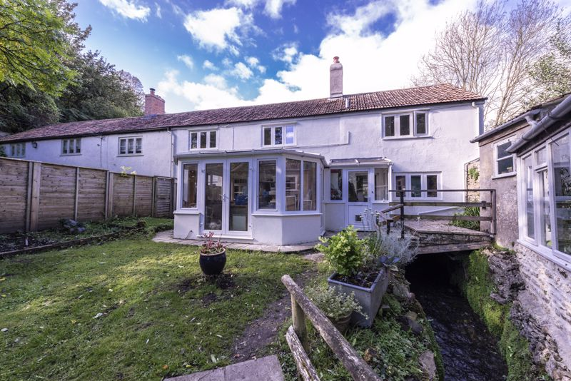 3 Coombe Brook