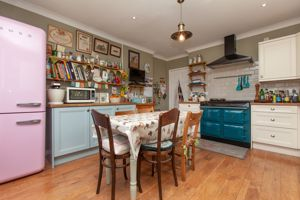 Greenhill Neston