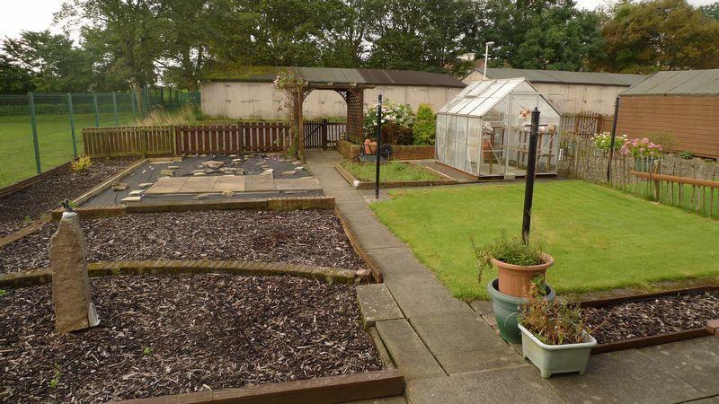 Aboyne Gardens