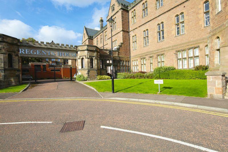 Regents House, Smillie Court