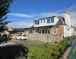 Cawdor Street