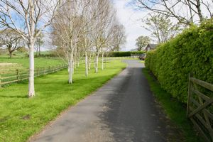 Redesmere Lane