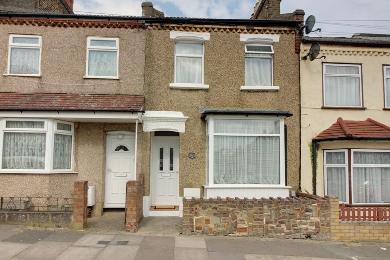 3 Bedrooms Property for sale in Brigadier Hill, Enfield