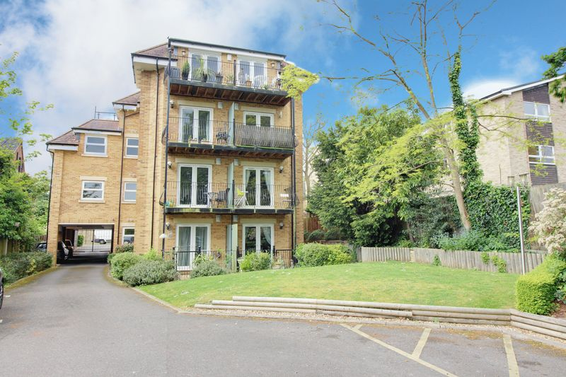 2 Bedrooms Property for sale in Bycullah Road, Enfield