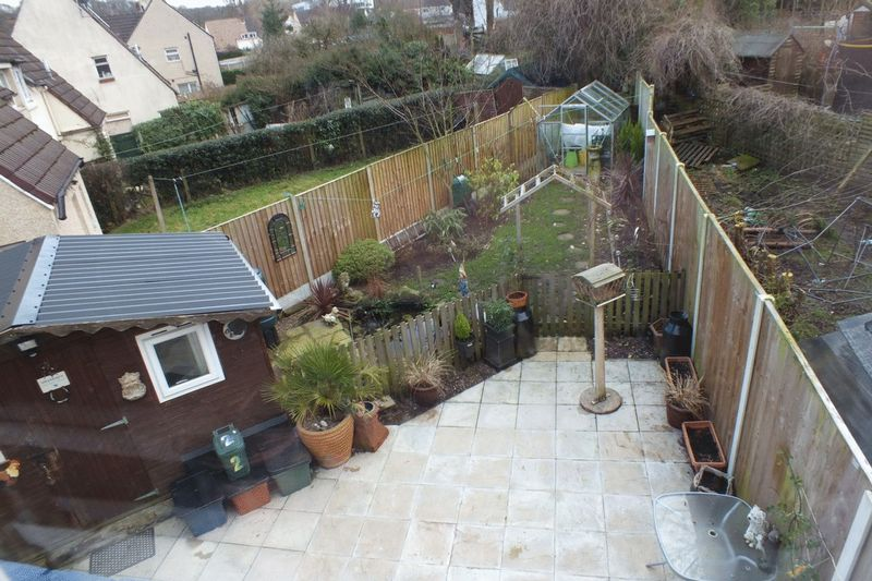 UPSTAIRS VIEW OF REAR GARDEN