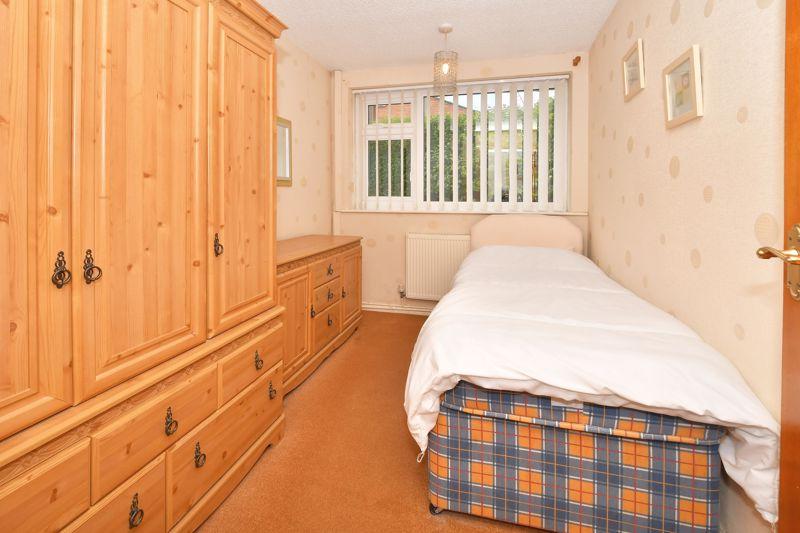 Midhurst Close Packmoor