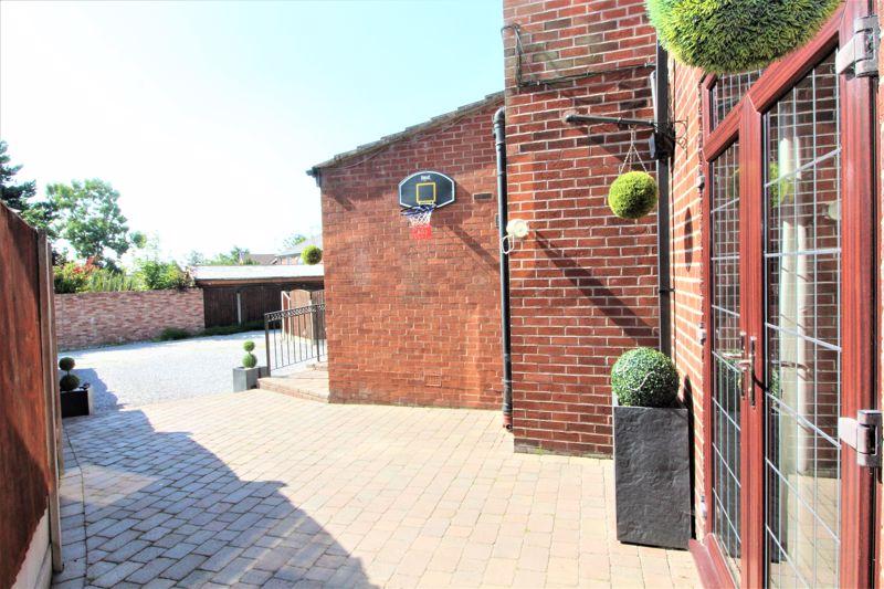 Bury & Bolton Road Radcliffe