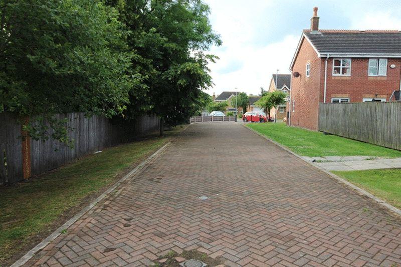 Hutchinson Way Radcliffe