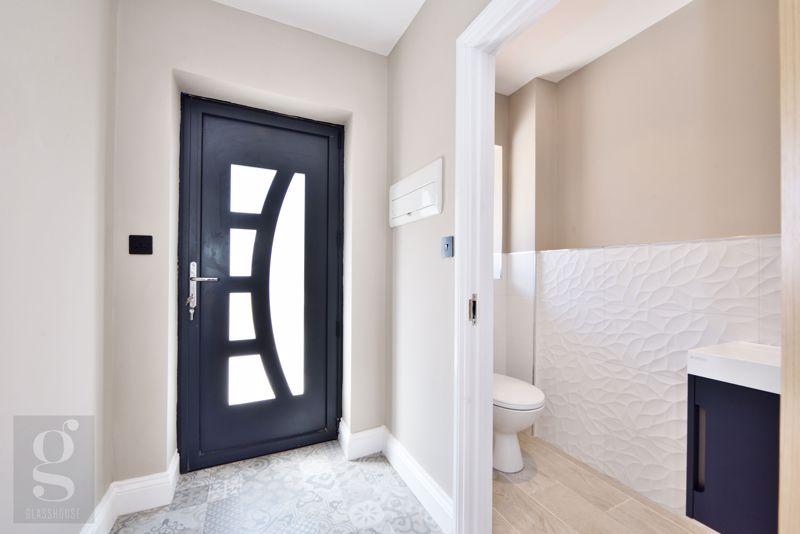 Hallway / Cloakroom