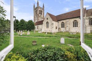 7 Vicarage Lane Farnham
