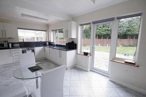 Clifton Close Wrecclesham