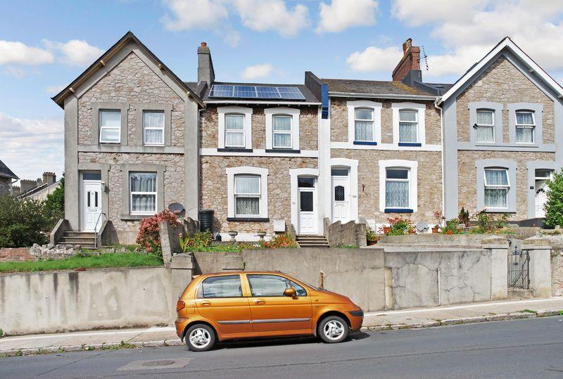 Ellacombe Church Road