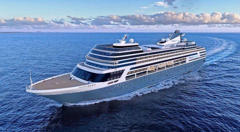 Cruise ship -Two Bedroom Split-Level Residence