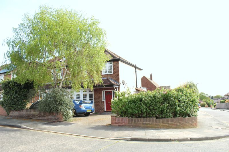 Lynsted Close
