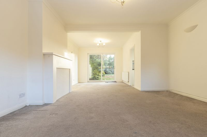 Chigwell Park Drive
