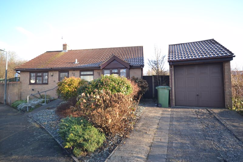 Station Close Warmley