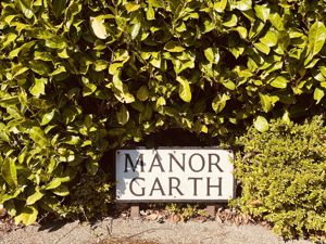 Manor Garth Wigginton