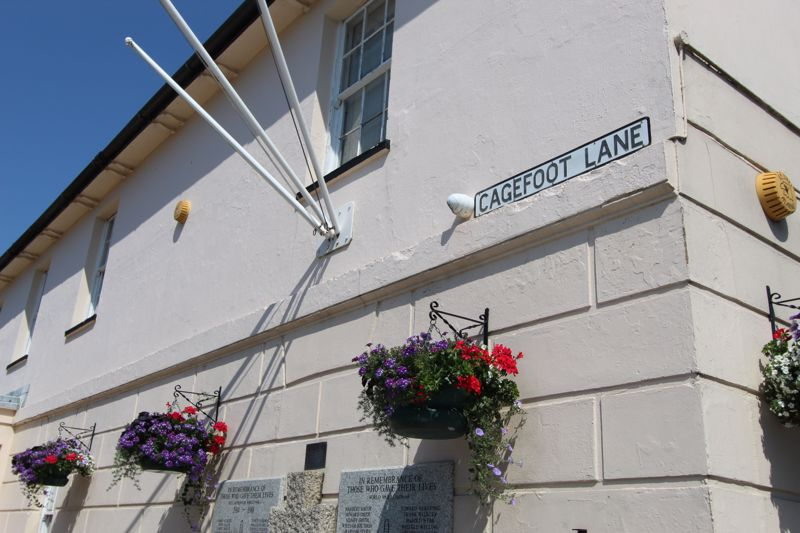 Cagefoot Lane