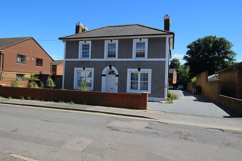 High Street Stanwell