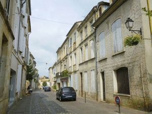 Rue Amand Caduc Ref 10054