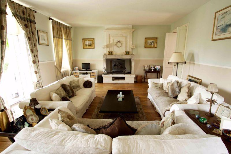 La Flotte sitting room